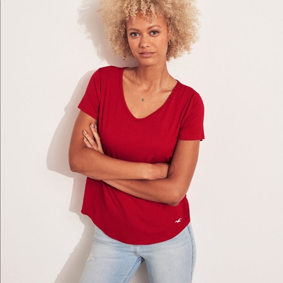 Hollister Tops - red hollister t-shirt
